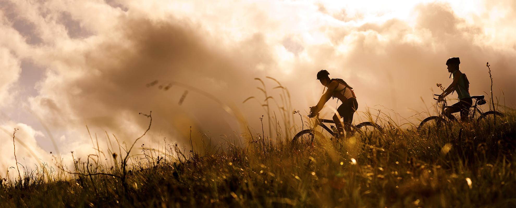 Mount_biking