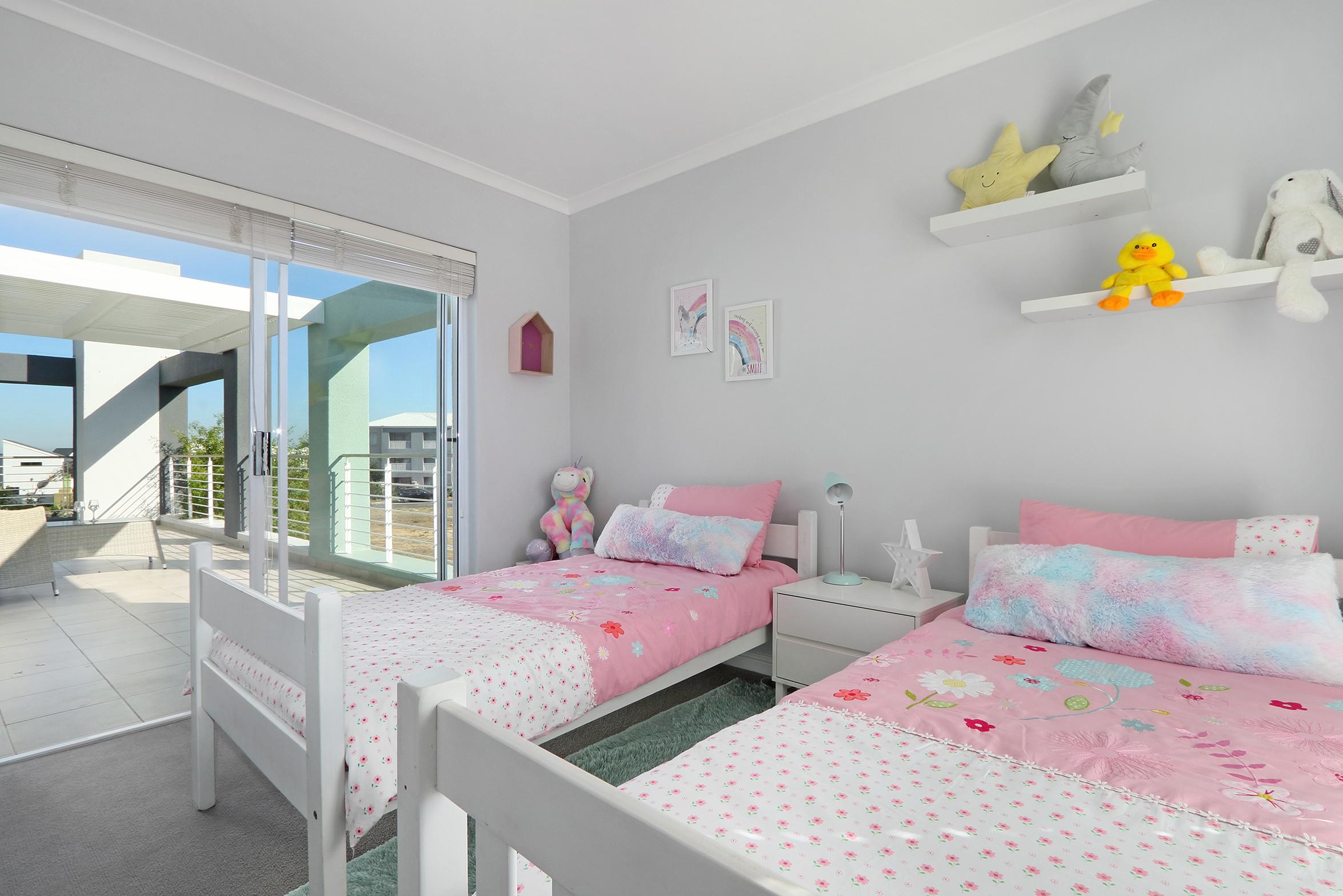 Tyrian 3rd bedroom
